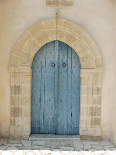 200507160071_Lefkara-blue-door