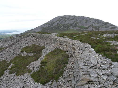 Tre'r Ceiri wall again