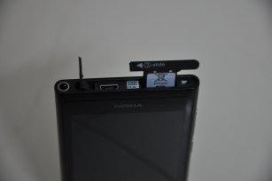 Nokia Lumia 800 top