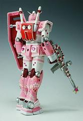 girlie mother pink gundam rx-78-2 (3)