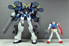 1-200 RX-78-2 Nissin Cup Gunpla 2011 OOTB Unboxing Review (54)