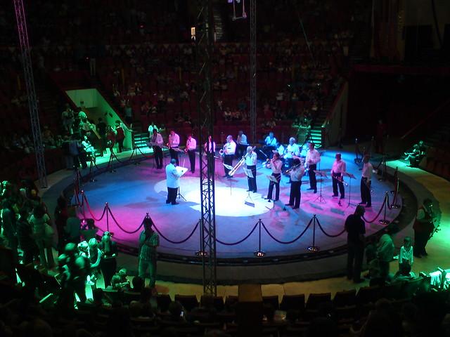 Оркестр цирка // Circus orchestra