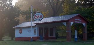 Esso Station D50