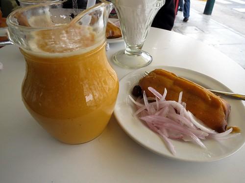 Granadilla, lúcuma & orange juice, chicken tamal