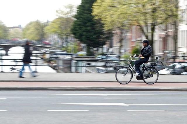 Style and Speed - Amsterdam Bridge