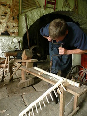 Drilling a rake head