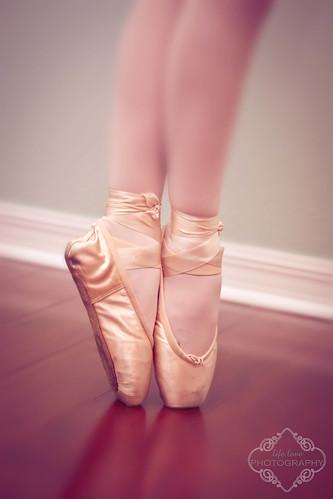 Ballerina by kelleyrie