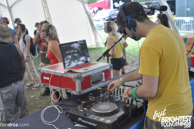 DJ Bonkerz, Silent Disco , 2012-06-24 GOV BALL NYC  1356