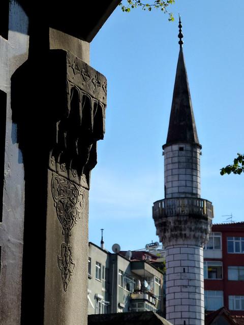 Istanbul - avril 2012 - jour 6 - 074 - Üsküdar - Yeni Valide Camii