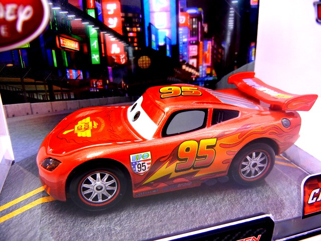 disney store cars 2 chase party mcqueen (2)