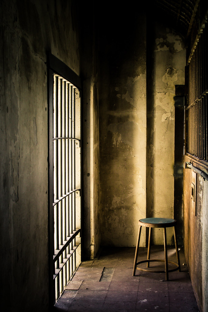 Alcatraz Chair