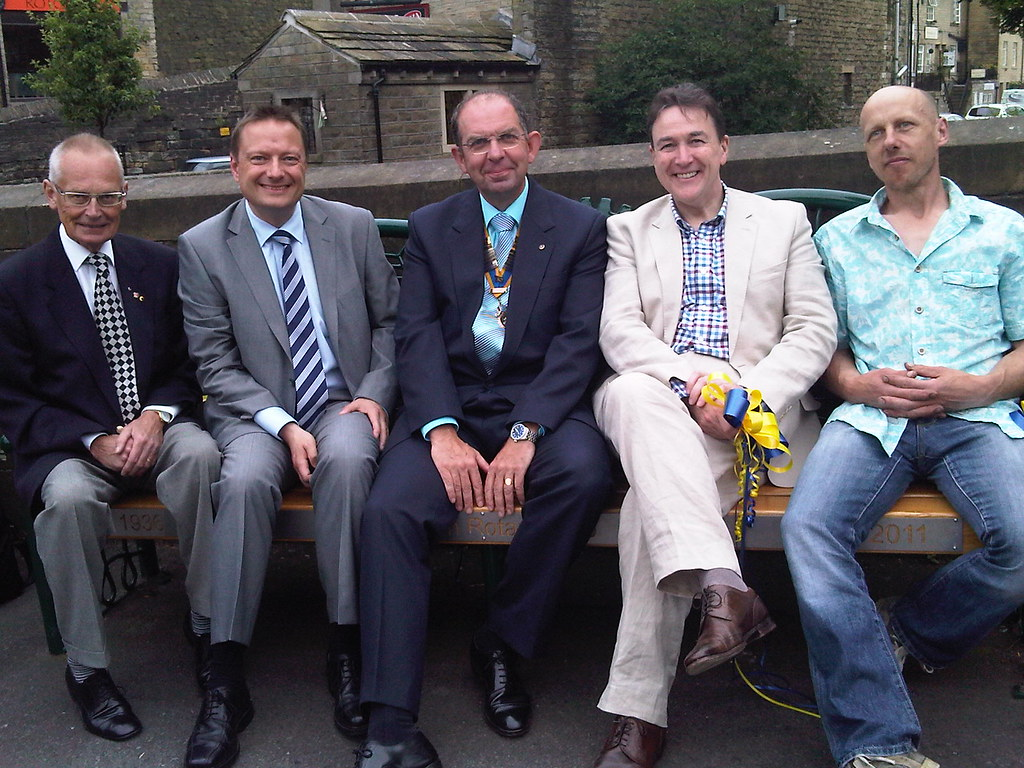 Holmfirth Rotary Bench
