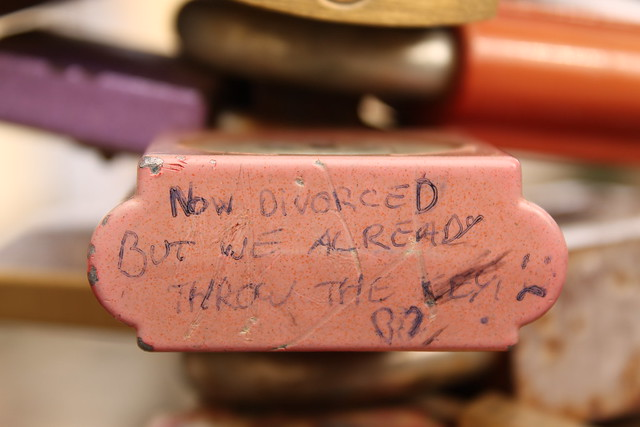 """""""Now divorced but we already throw the key :("""""""