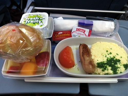Auckland - Santiago: Breakfast