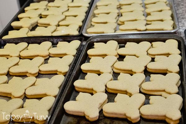 bee-sugar-cookie-recipe-baked