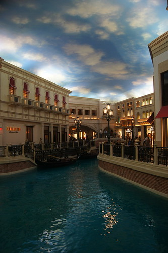 Shopps at the Venetian Canal