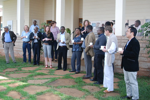 Delia Grace introduces participants of the Safe Food, Fair Food 2 inception workshop to ILRI staff