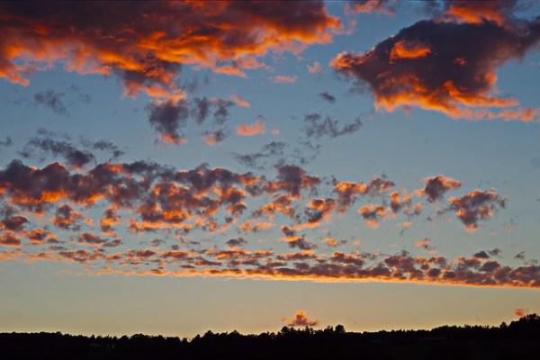Couché de soleil sur le plateau du Tonnerrois