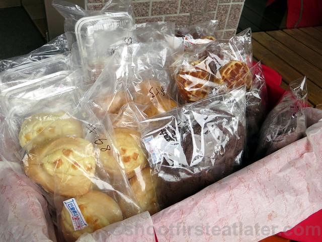 Starbucks Taipei 14th Anniversary sale- cookies & waffle