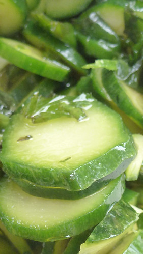 basil & mint marinated zucchini - zucchine marinate al basilico e menta