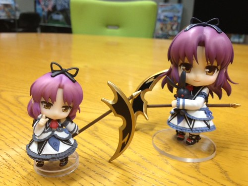 Nendoroid Renne, compared with her Petit version