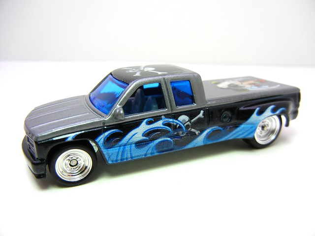 hot wheels nostalgia pin ups customized C3500 (2)