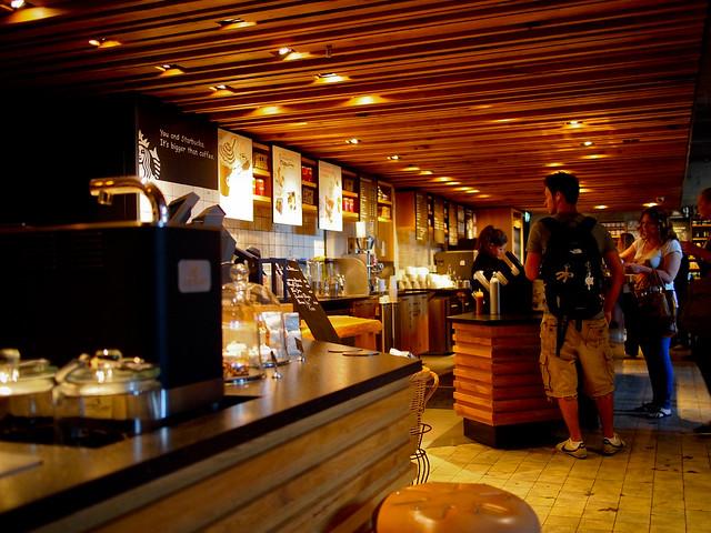 Starbucks Amsterdam-10