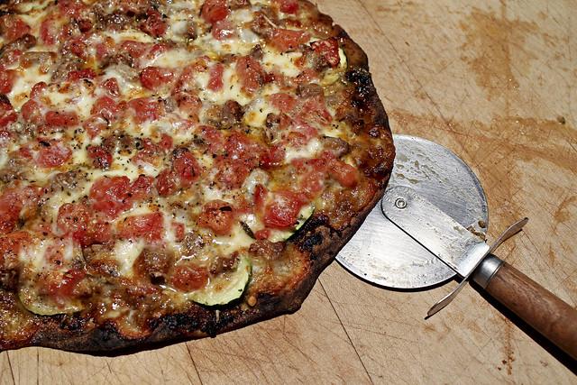 spicy lamb pizza