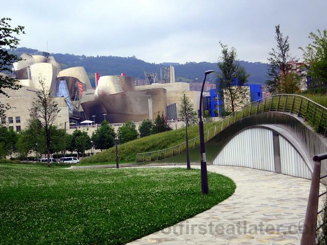 Guggenheim Museum Bilbao-002