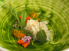 Deatil: Brown crab, egg yolk and herbs