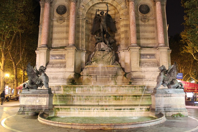 Fontaine St-Michel