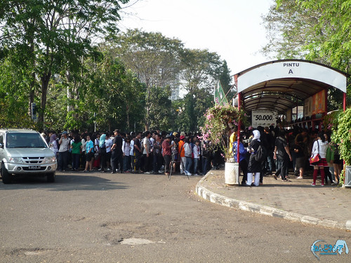 Long queue in front of the ticket booth