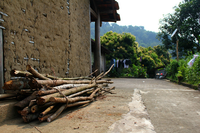 Walls of traditional houses in An Lac are made of mud and bamboo