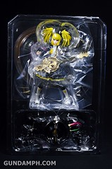 Max Factory Kagamine Rin (Nuclear Fusion Ver.) Unboxing & Review (14)