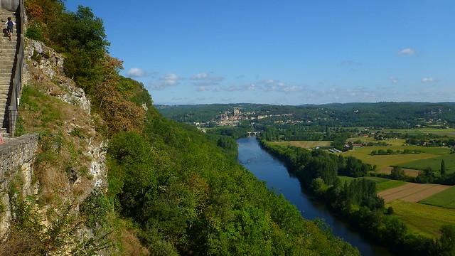 Across the Dordogne to Beynac at Cazenac