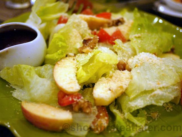 Maimee's garden salad P260