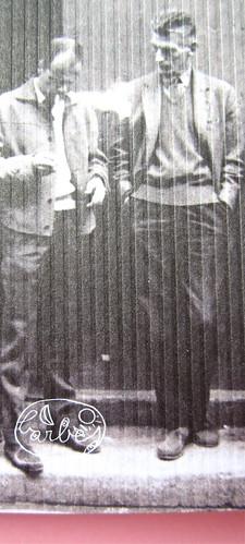 Mathieu Lindon, Cosa vuol dire amare; Barbès 2012. [resp. grafica non indicata]; fotog.: A. Robbe-Grillet, C. Simon, C. Mauriac, J. Lindon, R. Pinget, S. Beckett, N. Sarraute, C. Ollier, 1959 © M. Dondero. Copertina (part.), 6