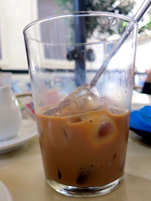 caffe €3