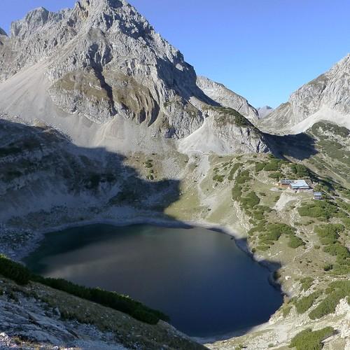 dragon-lake