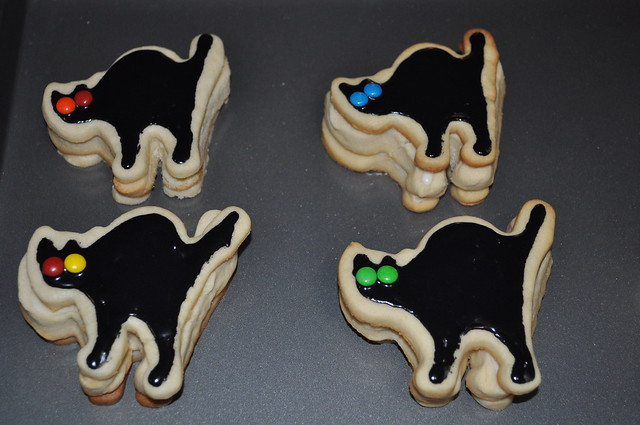 trick-or-treat cookies 18