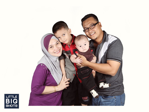 We are Family | Family Studio Portraiture