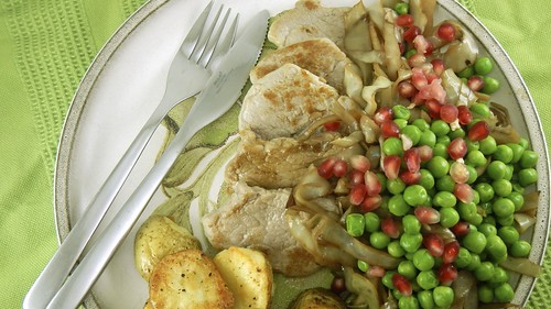 Tenderloin & Pom Cabbage 14