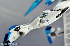 ANA 00 Raiser Gundam HG 1-144 G30th Limited Kit OOTB Unboxing Review (69)