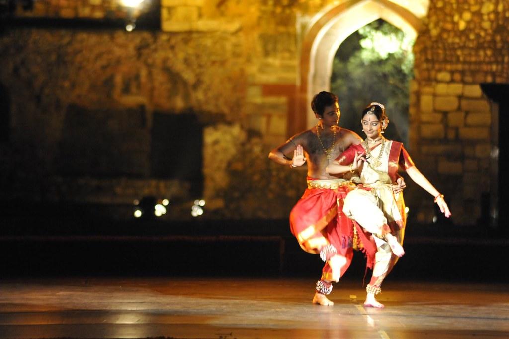 ANANYA 2012 : Day 5 - Shijith Nambiar and Parvathy Menon group