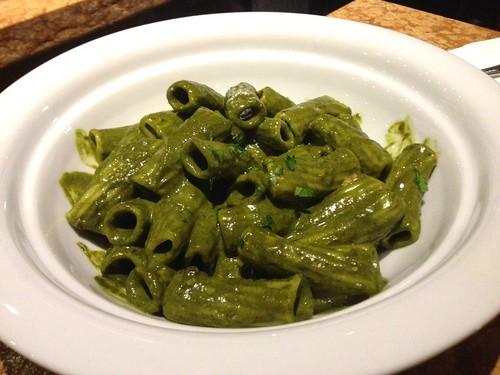 Rigatoni in kale sauce