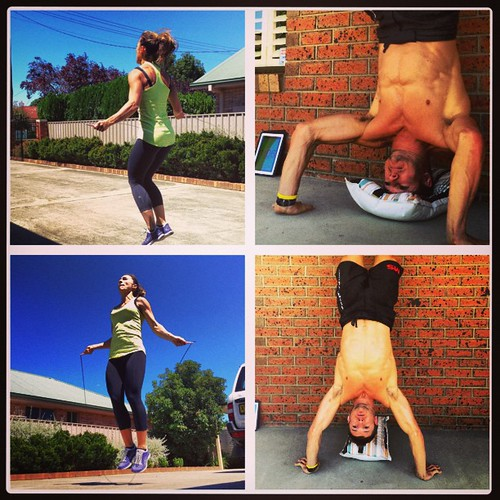 1000 double unders for @hollytrolleydolly & 200 HSPUs for me. #workout #outdoor #fun #sunday #training #smashlife
