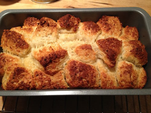 Picture of baked garlic parmesan monkey bread