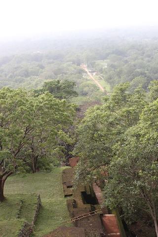 IMG_6654-Sigiriya-on-the-way-up
