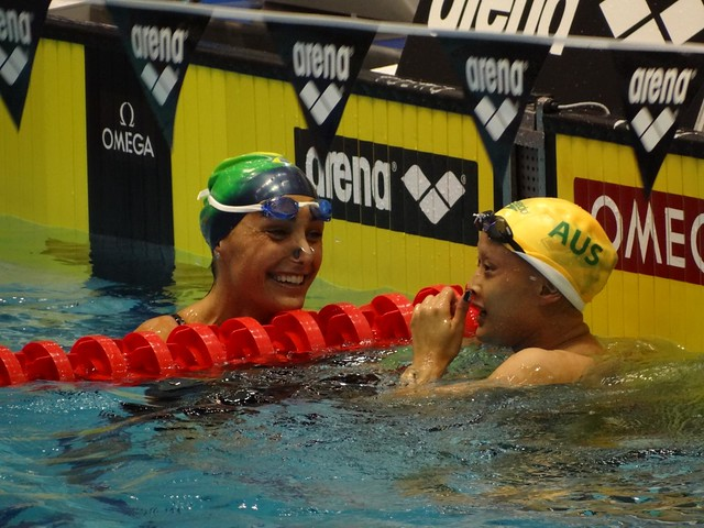 Molina and Goh after the Berlin 50 backstroke