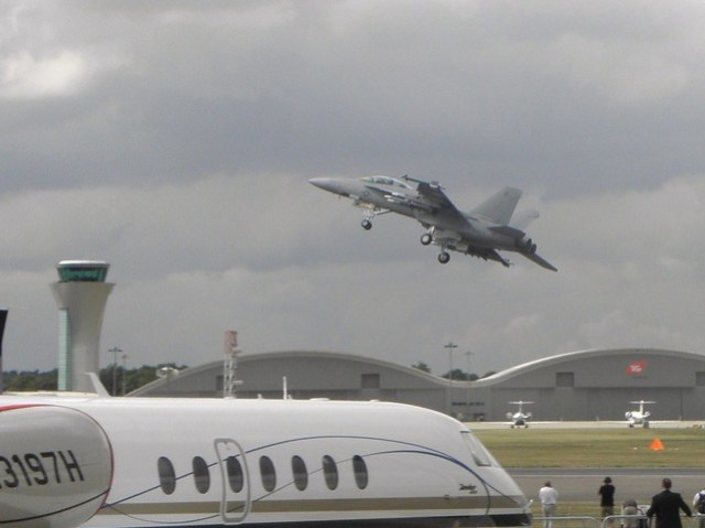 A USAF Fighter takes off at the 2010 Farnborough air show